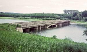 Borovsko bridge across the valley of Sedlický brook drowned in the valley of Želivka