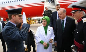 The Turkish president (second right) and his wife, Emine Erdoğan, are welcomed at RAF Brize Norton on Sunday