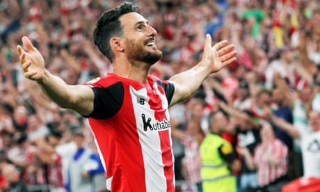 'An exceptional case' – Aritz Aduriz, the striker who got better and better