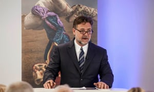 Russell Crowe launches the 2016 global slavery index in London.