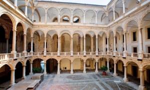 Interior court of the Palazzo dei Normanni in Palermo