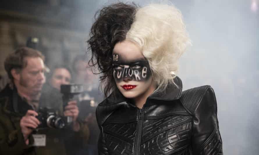 The future ... Emma Stone in Cruella.