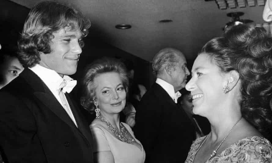 """Ryan O''Neal meets Margaret in the Odeon, Leicester Square, for the royal film performance of """"Love Story. In the centre is Olivia de Havilland."""