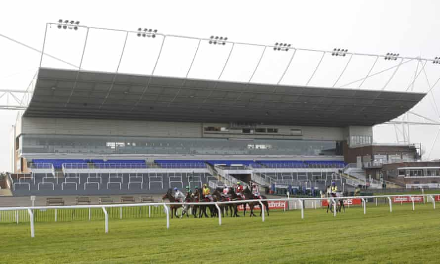 Empty stands at Kempton on Saturday. The sport's recovery from the pandemic would be hit by proposed reforms, racing power-brokers say.
