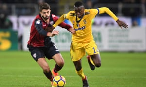 Blaise Matuidi, right, in action for Juventus against Cagliari.