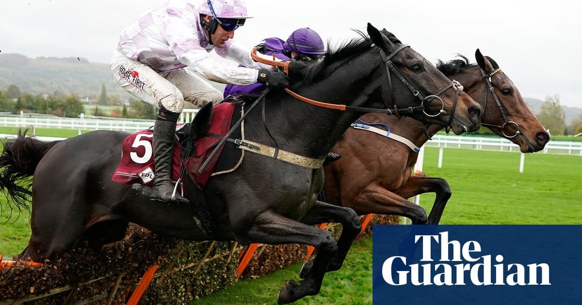 Al Dancer puts down Cheltenham Festival marker on his chasing debut