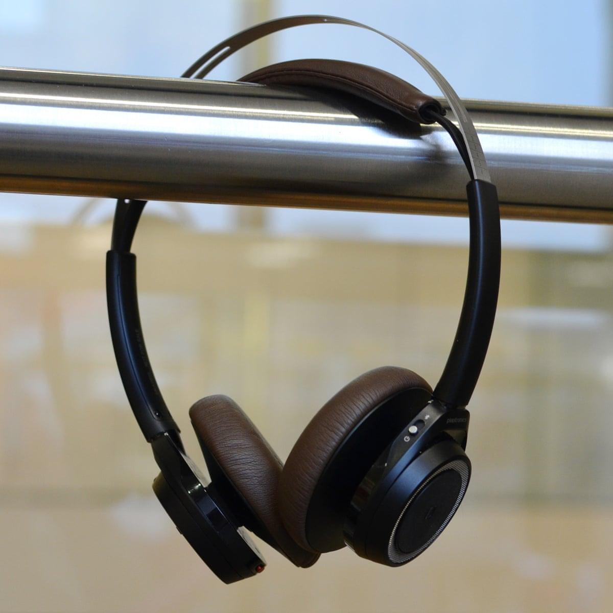 Plantronics Backbeat Sense Review Light Long Lasting And Great Sounding Bluetooth Headphones Technology The Guardian