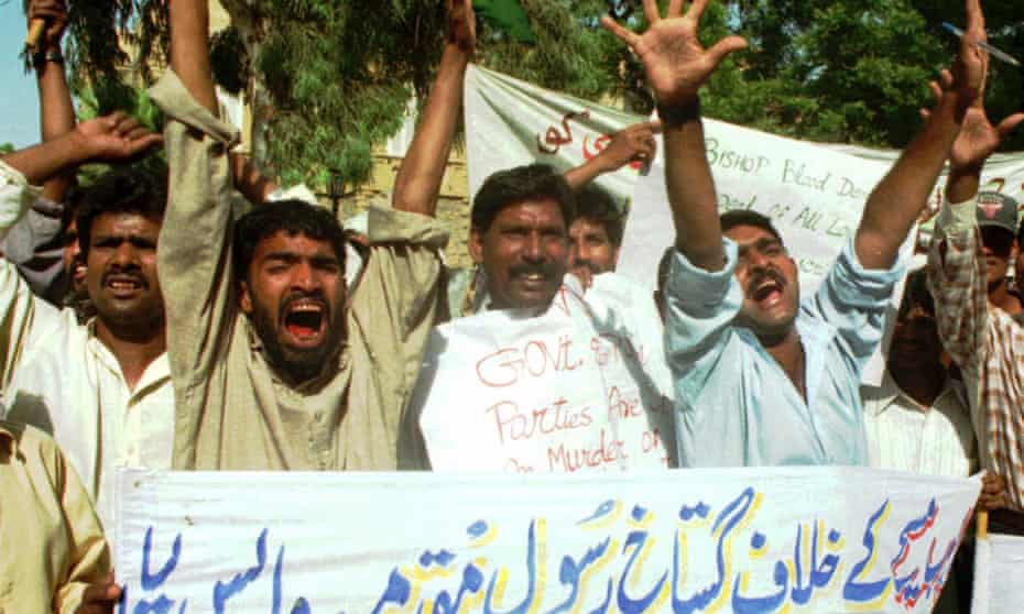Christians stage a demonstration in Karachi against an Islamic blasphemy law that led to the persecution of Christians in Pakistan.