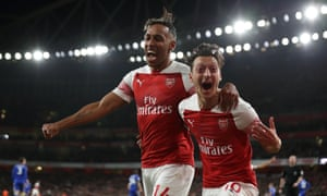 Pierre-Emerick Aubameyang and Mesut Özil celebrate.