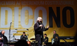 Five Star Movement leader Beppe Grillo campaigning for no in the referendum