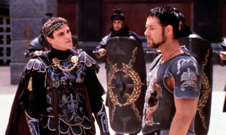 Phoenix as Commodus, with Russell Crowe in Gladiator.