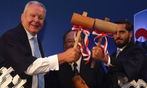 Bill Beaumont (left) and (right) Agustín Pichot are up for election at World Rugby on Sunday, with the result available two weeks later.