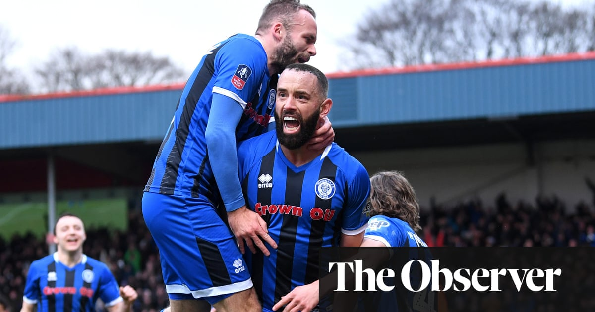 Rochdale veteran Aaron Wilbraham takes Newcastle to FA Cup replay