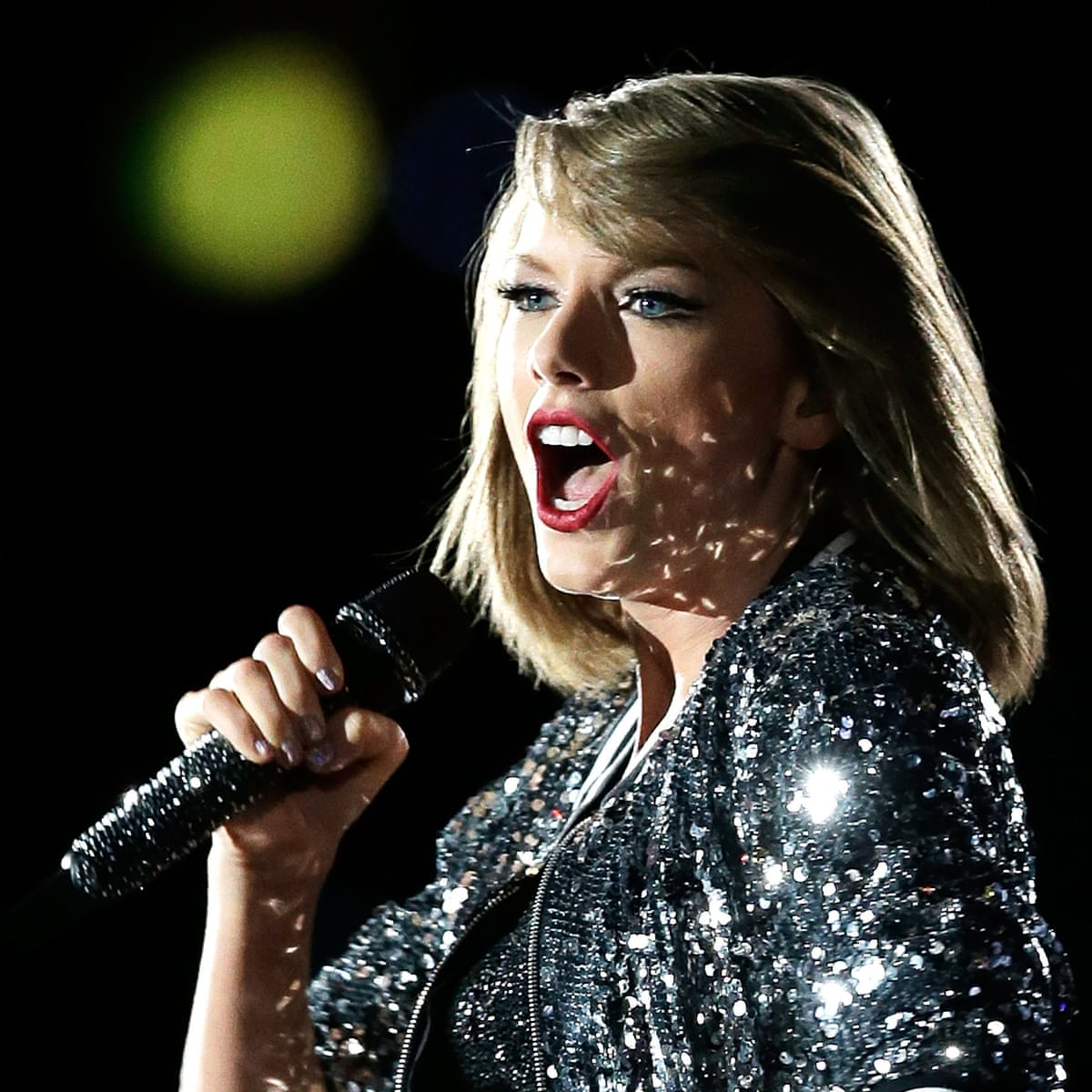 Taylor Swift Review Polished Perfection Remains Accessible As 1989 Tour Winds Down Taylor Swift The Guardian