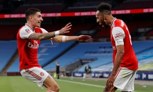 Arsenal's Pierre-Emerick Aubameyang (right) celebrates scoring his side's second goal with Hector Bellerin.