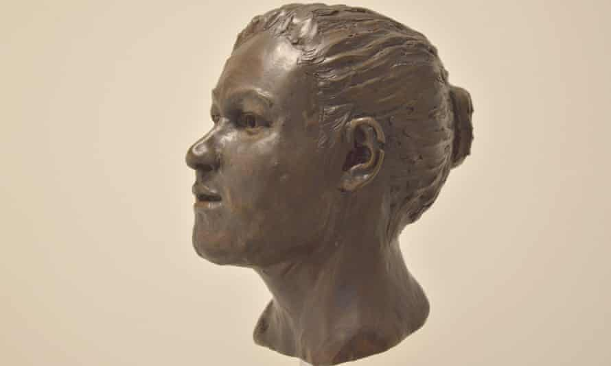 Ballynahatty reconstruction: This is a reconstruction of the Ballynahatty Neolithic skull by Elizabeth Black. Her genes tell us she had black hair and brown eyes.