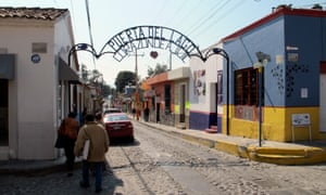Senior citizens flock to the town of Ajijic, attracted by great weather, cheap real estate and the quaint cobblestone streets of the town