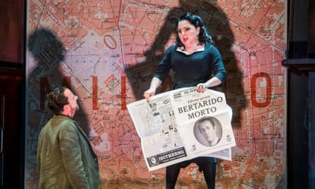 Black widow … Neal Davies as Garibaldo and Rebecca Davies as Rodelinda in Richard Jones's ENO production of Handel's opera.
