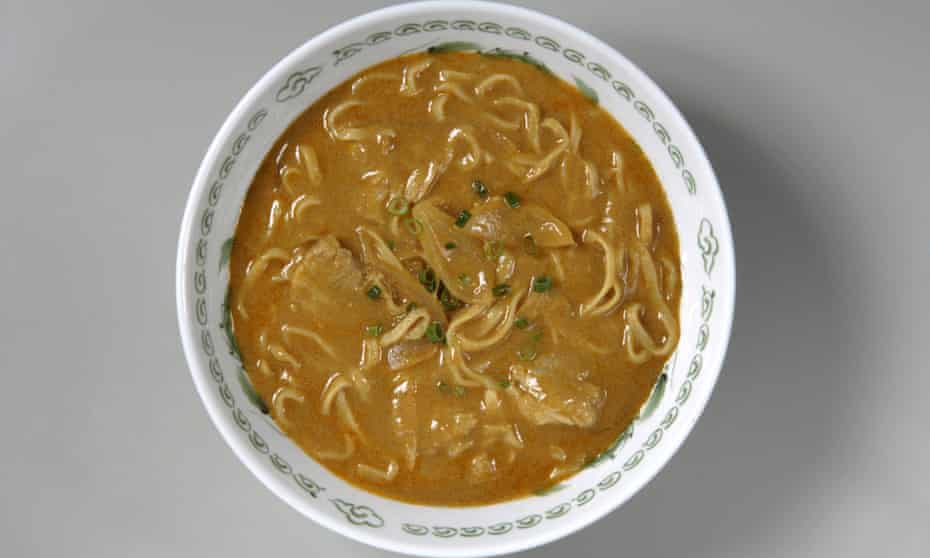 Instant noodles used in curry ramen
