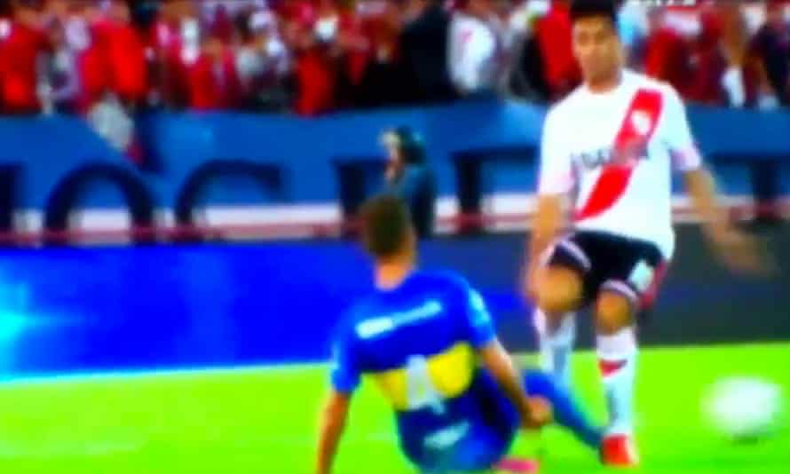A screengrab from the less than friendly River v Boca friendly.