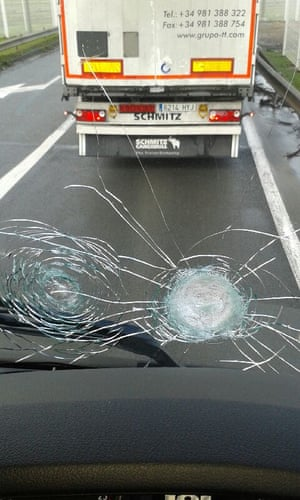 The windscreen of a lorry belonging to a member of the FTA Ireland was smashed in two places by people throwing stones.