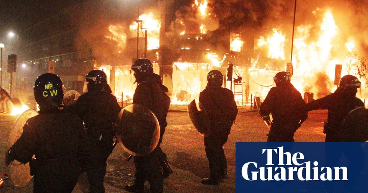 Tell us: were you affected by the 2011 England riots?