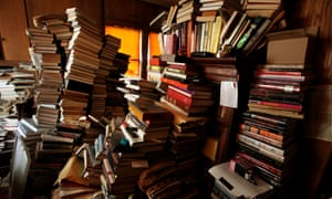 Room cluttered with books