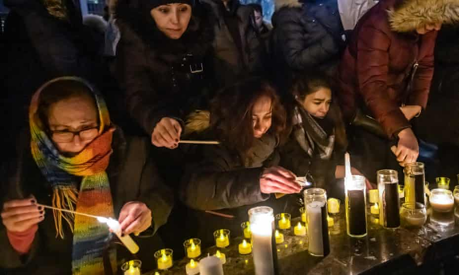 Mourners at the Toronto candlelight vigil for the Tehran plane crash victims