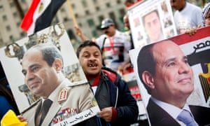 Supporters of Abdel-Fatah al-Sisi gather in Cairo's Tahrir Square
