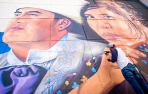 Jesus Cimi Alvarado works on his new mural