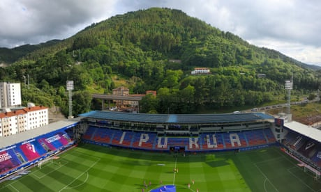A night at Eibar, where the best seats are, well, in the house | Sid Lowe