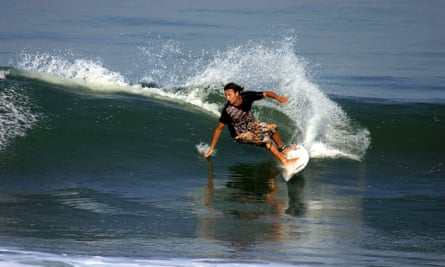 'I'll carve' … turning on a wave at Canggu, Bali.