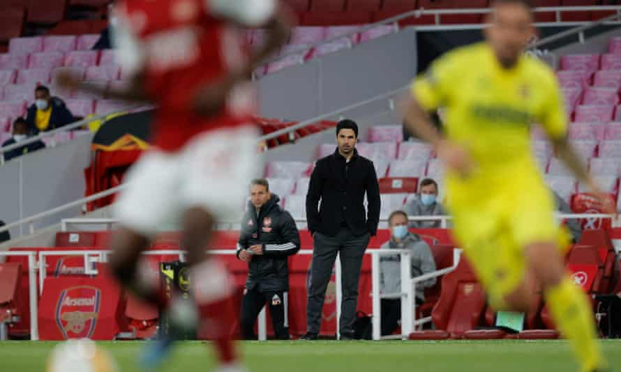 Mikel Arteta watches on as Arsenal fail to find a way past Villarreal and miss out on reaching the Europa League final.