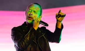 Thom Yorke said fellow rock star Michael Stipe had helped him cope with the demands of fame.