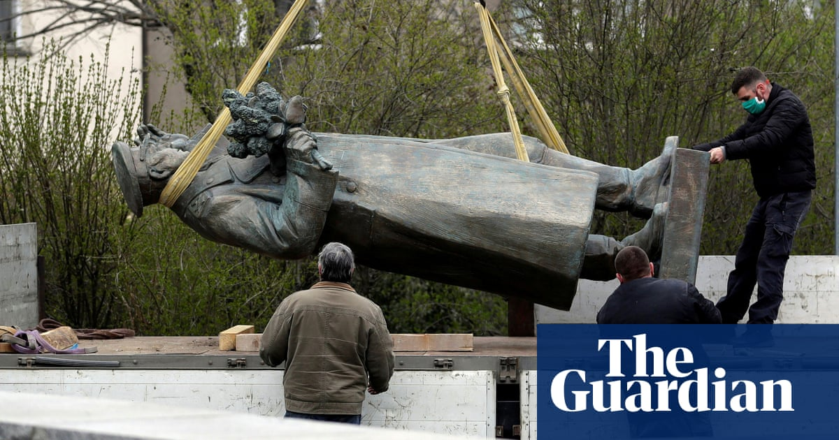 Russia opens criminal case after Czech officials remove Soviet statue - the guardian