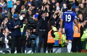 Antonio Conte applauds the fans after the game.