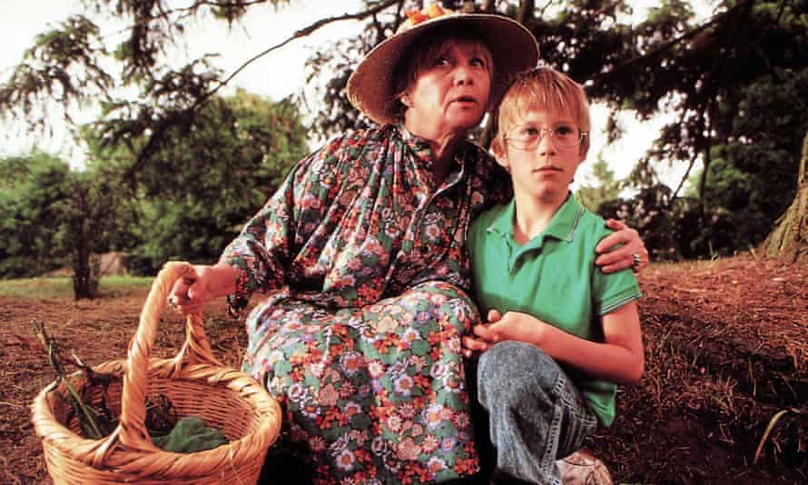 Mai Zetterling and Jasen Fisher in the film adaptation of Roald Dahl's The Witches (1990).