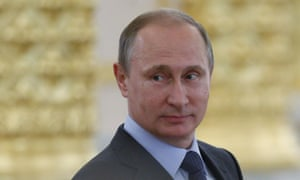 The Russian agency reportedly hires many people to write supportive comments about Vladimir Putin.