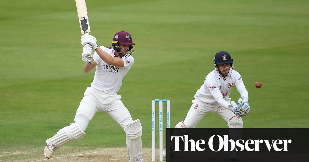 Tom Lammonby century gives Somerset a chance on final day