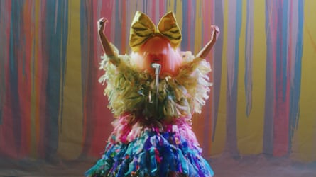 Sia performing for the 2020 Arias.