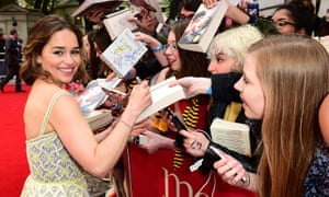 Emilia Clarke signs autographs at the premiere of Me Before You.
