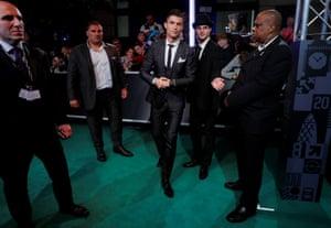 Ronaldo arrives.