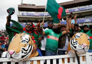 ICC Cricket World Cup - South Africa v BangladeshCricket - ICC Cricket World Cup - South Africa v Bangladesh - Kia Oval, London, Britain - June 2, 2019 Bangladesh fans Action Images via Reuters/Paul Childs