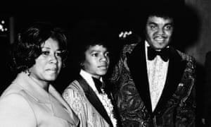 Joe and Katherine Jackson with Michael at the Golden Globe awards, 1973.