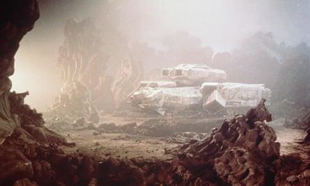Alien film shuttle craft