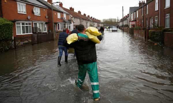 The Flood Waters May Be Receding But Anger Rises In Weary Doncaster Flooding The Guardian