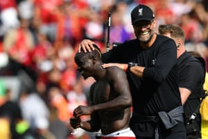 Liverpool manager Jurgen Klopp congratulates' Sadio Mane on his performance.