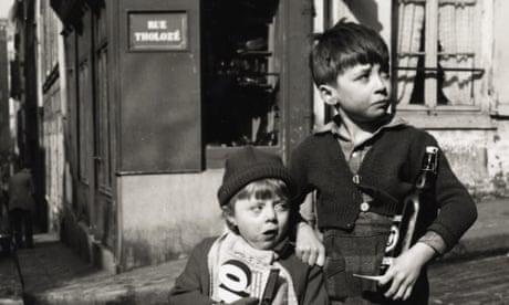 Dorothy Bohm's best photograph: two poor children in 50s Paris