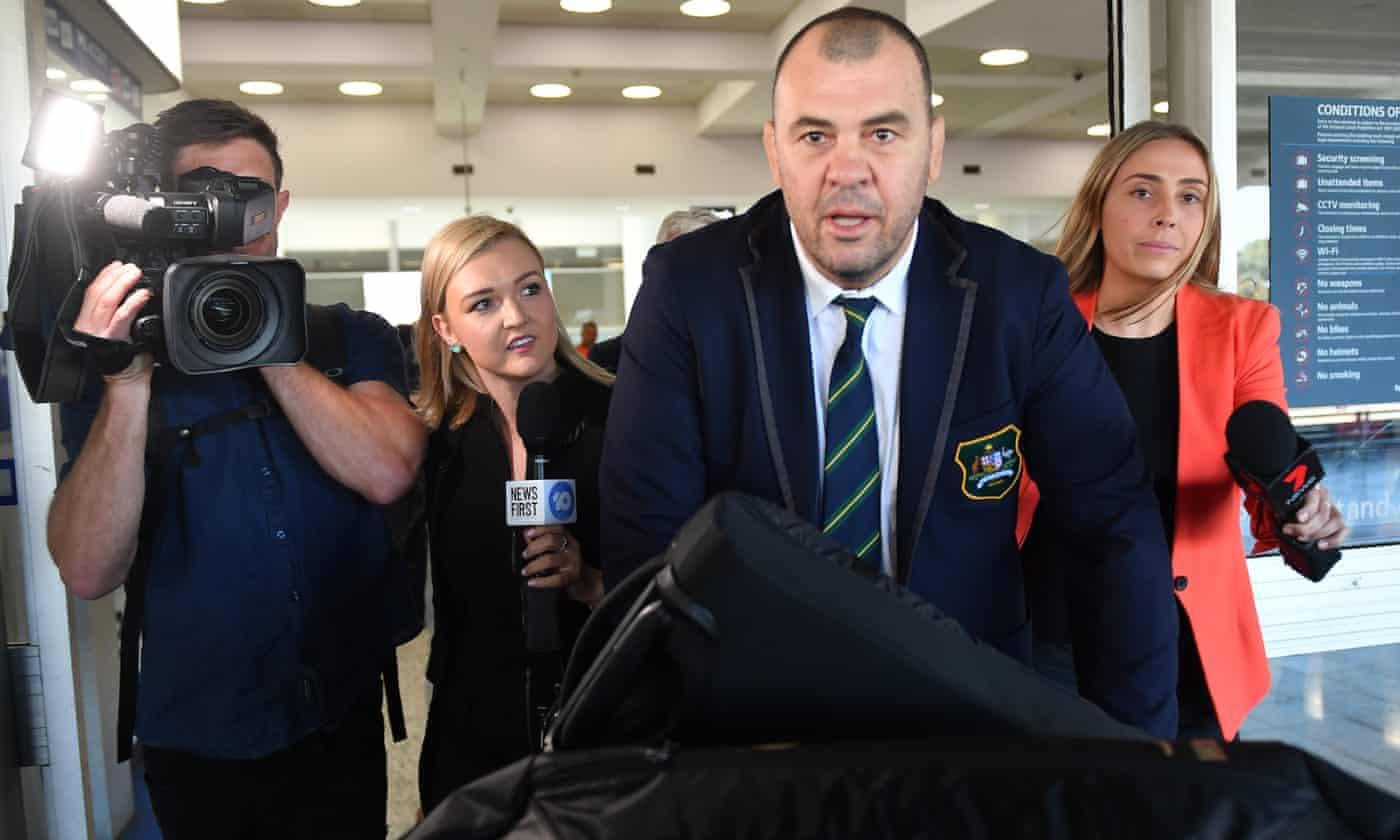 Michael Cheika says an Australian should replace him as Wallabies coach