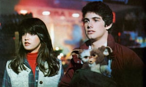 'He's in love with her already!' … Phoebe Cates and Zach Galligan with Gizmo.